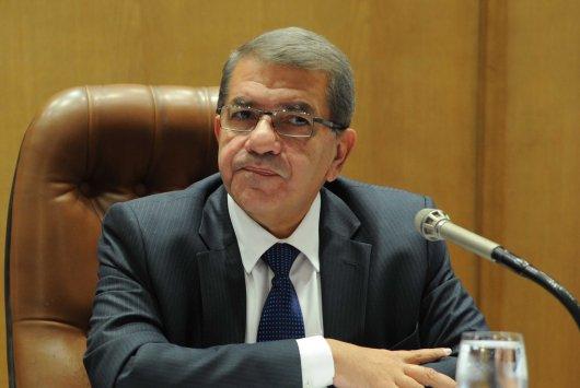 وزير المالية عمرو الجارحى