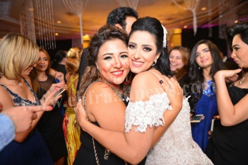 صور حفل زفاف حنان مطاوع (1) [800x600]