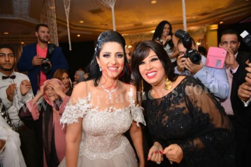 صور حفل زفاف حنان مطاوع (11) [800x600]